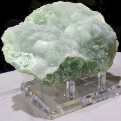 鉱石や原石の輝き【高額の石情報公開中!】